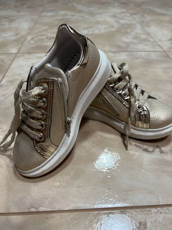 Кроссовки для девочки POLO