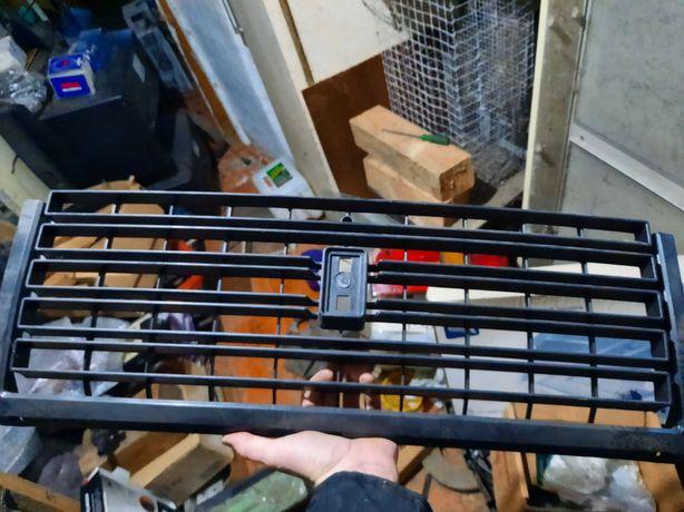 Решетка радиатора ВАЗ 2107