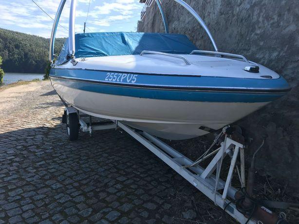 Barco Glastron 180