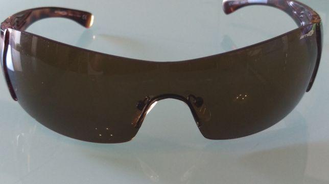 Óculo de Sol Arnette