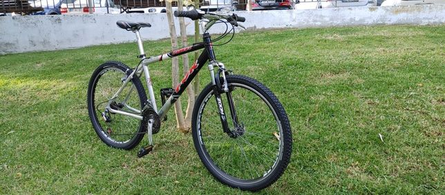 Bicicleta Aluminio FDR Muito bom estado