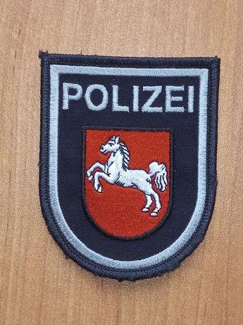Oryginalna plakietka, naszywka na ramię Policji Dolnej Saksonii.
