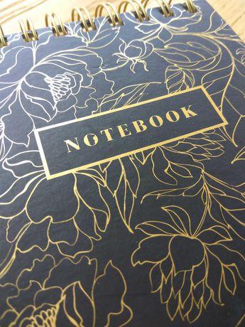 Notes kołonotatnik pamiętnik w twardej oprawie 300 stron C.R. Gibson