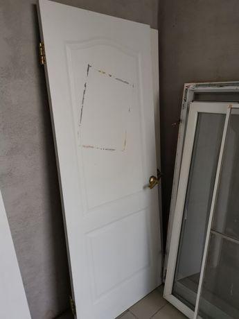 Белая межкомнатная дверь 80х200