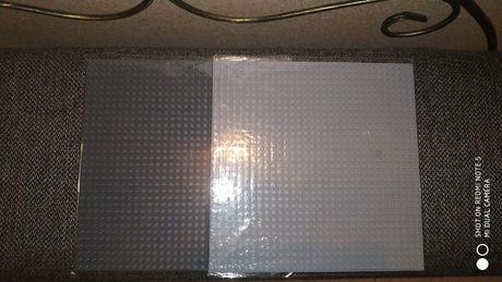 Пластина для сборки конструктора лего