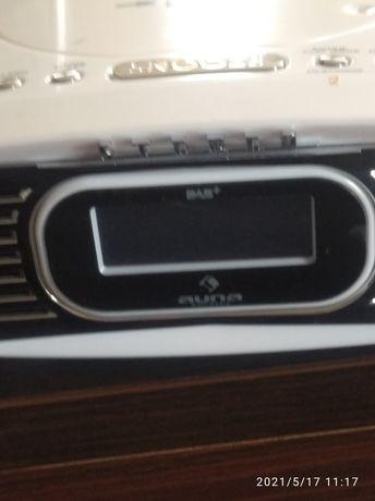 Radio z MP3 USB AUX