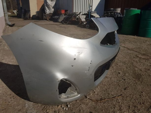Zderzak przedni Nissan Micra k13