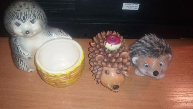 Ёжик с корзиной керамическа