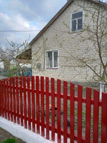 Продаж житлового будинку