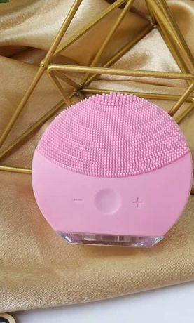 щёточка для умывания форео розовая