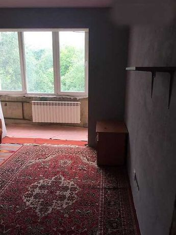 Продам 3 кімнатну квартиру, вул. Гната Хоткевича