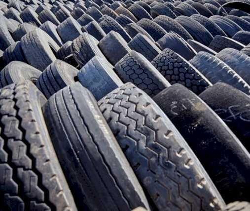 Zużyte opony ciężarowe tir, naczepowe i ciągnikowe
