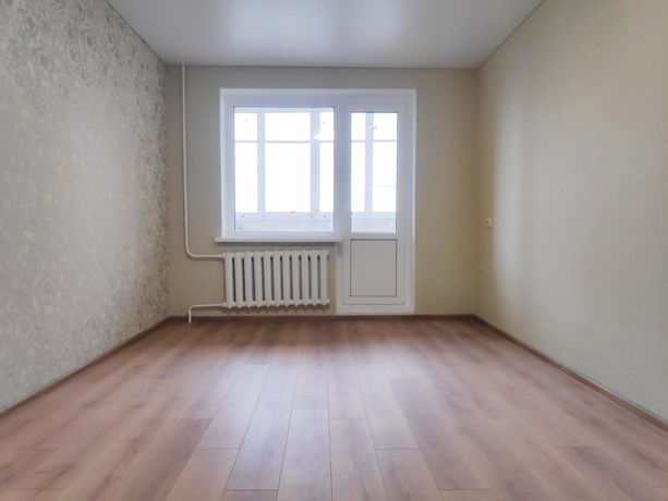 Продам 3-х кімнатну квартиру.Озерна.