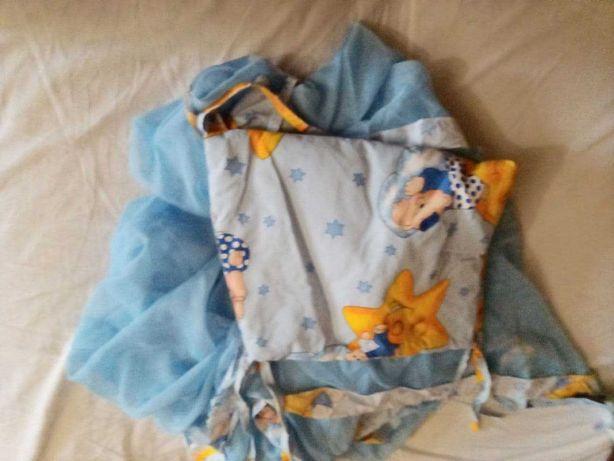 Защита с балдахином и держателем для детской кроватки