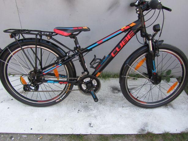 "Nr 927 Rower górski junior CUBE street 24 "" aluminiowy / jak nowy"