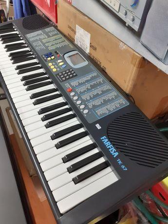 Sprzedam keyboard FARFISA