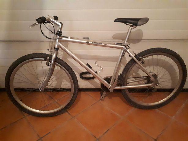Bicicleta BTT adulto