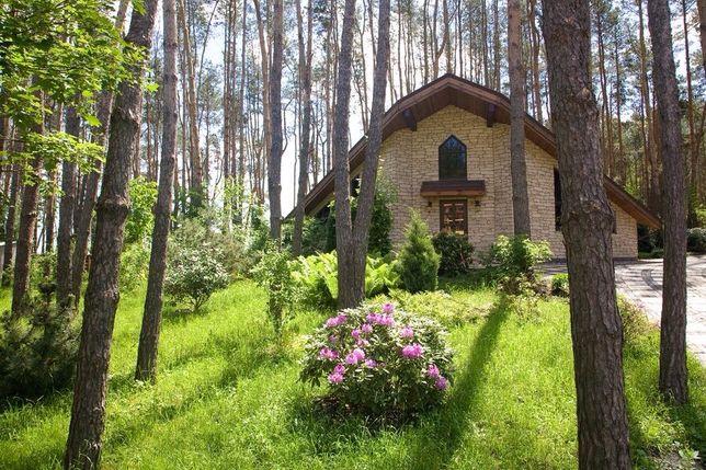 Загородный дом в закрытом коттеджном городке Березовки