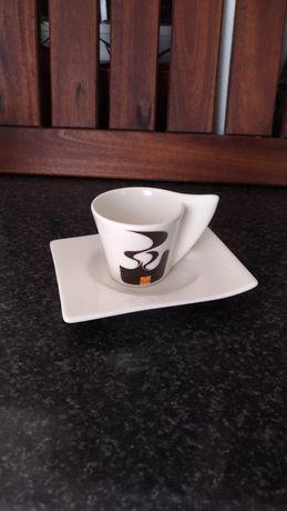 Conjunto Café Nicola - 4 Chávenas + Pires