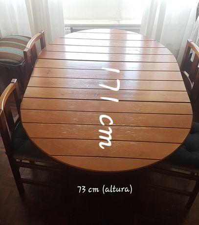 Mesa extensível de Pinho (móveis St Clare, boa madeira).