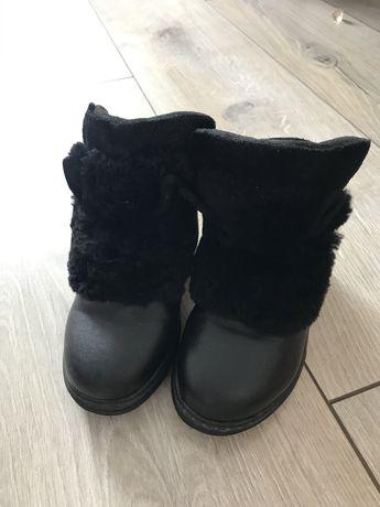 Зимові чоботи, черевики