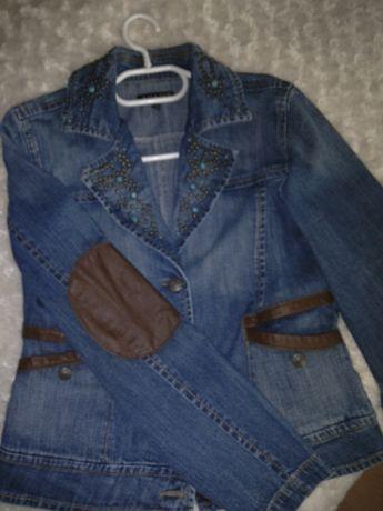 Kurteczka ,katana, marynarka -jeans-Apart r.40 l