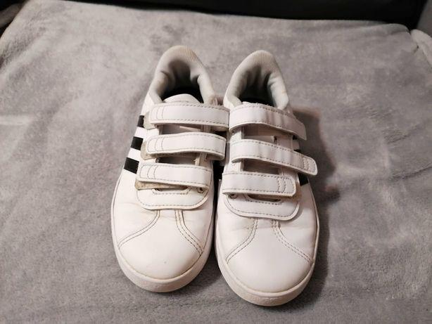 Buty chłopięce firmy adidas