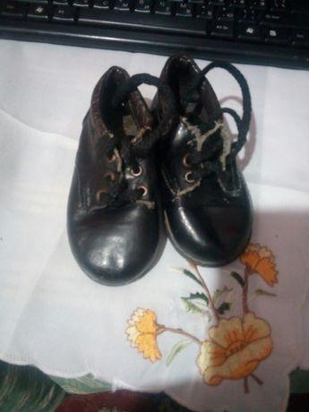 Отдам демосезонные туфельки на мальчика