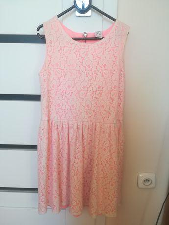 Reserved r.146 koronkowa sukienka