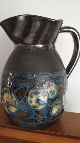 Jarro cerâmica muito antigo preto