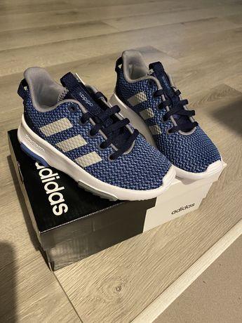 Buty adidas nowe 30,31
