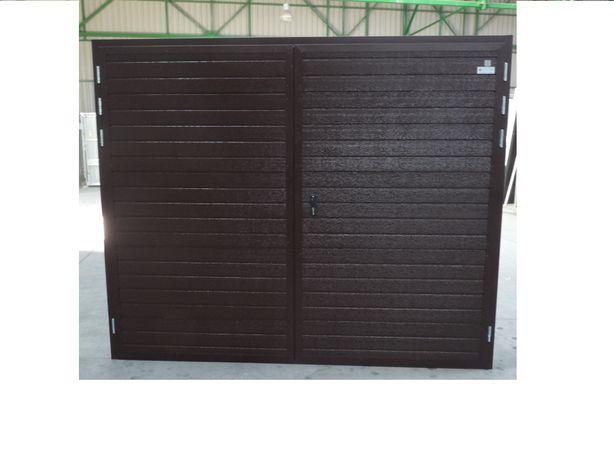 Brama garażowa dwuskrzydłowa Brązowa z panela o gr 40 mm pianka