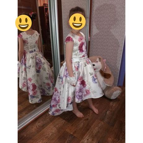 Атласное платье 32размер
