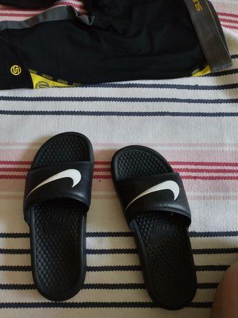 Klapki Nike oryginalne rozm. 37,5