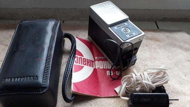 Lampa błyskowa do aparatu fotograficznego Zorki 4