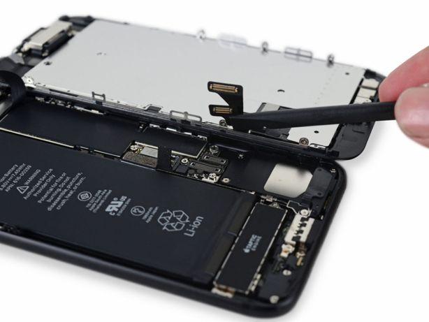 Заміна акумулятора iPhone/iPad/MacBook