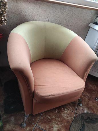 Fotele na nóżkach metalowych