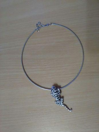 Ожерелье (тигр).