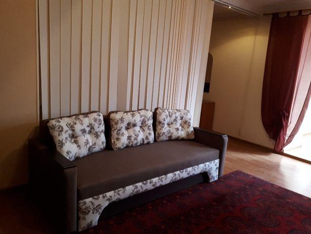 Сдается квартира-студия в Центре города для проживания 2-4 человек.