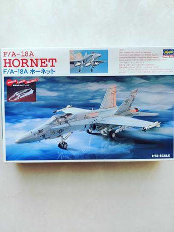 сборная модель F/A-18A Hornet.  1/72