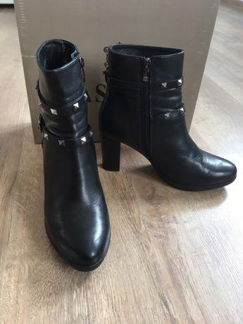 Botki Lasocki, buty na obcasie, skórzane botki