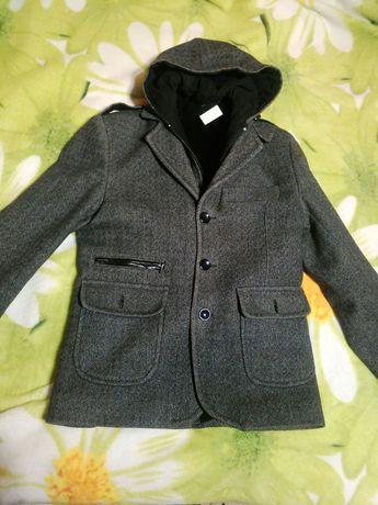 Пальто на хлопчика осіннє