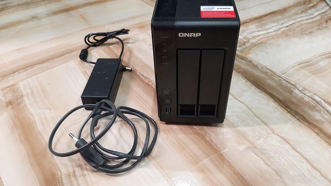 Сетевое хранилище QNAP TS-251+