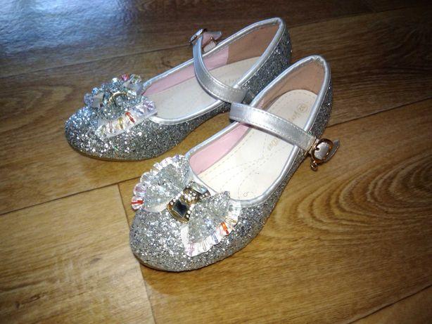 Шикарные блестящие туфли для принцессы /размер 32/ стелька 20.3