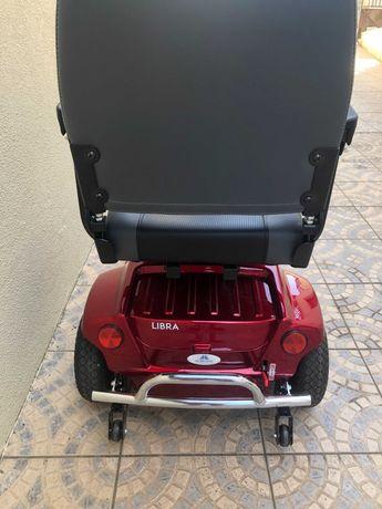 Scooter elétrica para idosos / mobilidade reduzida