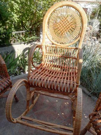 Продам плетенную мебель