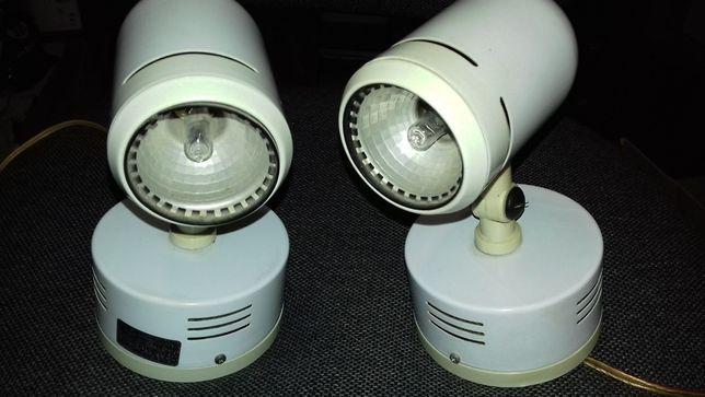 Dois (2) projectores/focos para lâmpadas de halogéneo e LED.