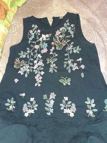 Платье YIYMEL с вышивкой, новое, размер М.
