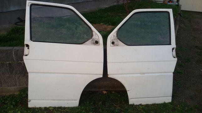 Продам двери Volkswagen Transporter T4