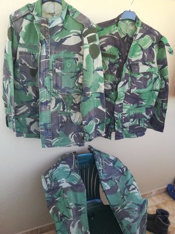 Camuflado, dolmem e calças militar